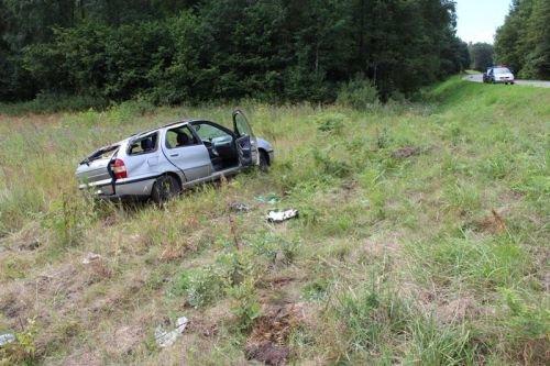 Под Гродно перевернулась машина с четырьмя малолетними детьми (фото) - фото 3