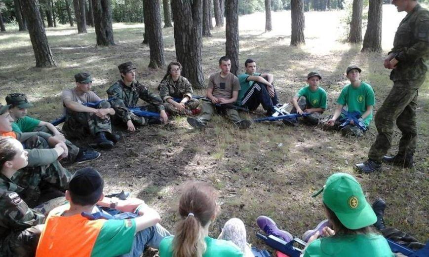 Діти учасників АТО з Полтавщини повернулися з литовського табору молодих стрільців (фото) - фото 4