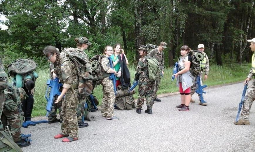 Діти учасників АТО з Полтавщини повернулися з литовського табору молодих стрільців (фото) - фото 6