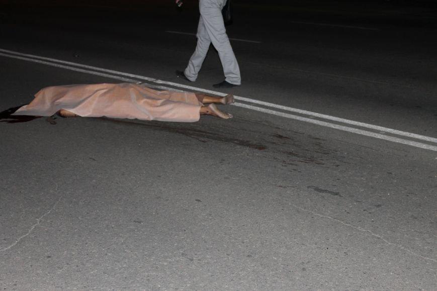 Смертельное ДТП в Кривом Роге: «Hyundai Getz»  на пешеходном переходе насмерть сбил мужчину (ФОТО 18+), фото-4