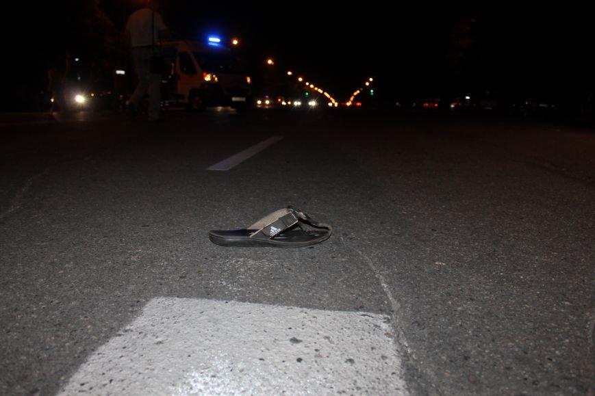 Смертельное ДТП в Кривом Роге: «Hyundai Getz»  на пешеходном переходе насмерть сбил мужчину (ФОТО 18+), фото-2