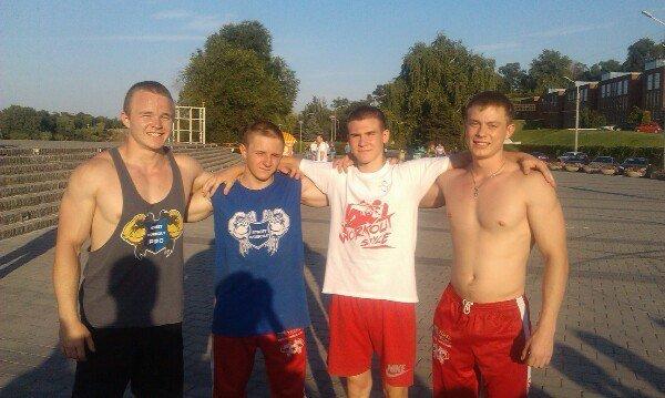 В Днепропетровске прошел чемпионат по Street Workout: как это было (ФОТО) (фото) - фото 5