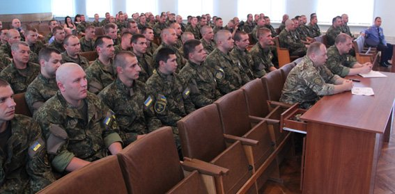 Зведений загін житомирських правоохоронців відбув у зону проведення АТО (фото) - фото 1