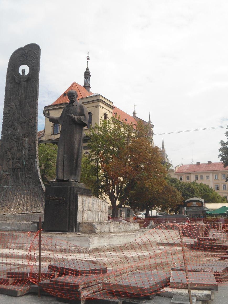 Як триває ремонт постаменту пам'ятника Тарасу Шевченку (ФОТО) (фото) - фото 3
