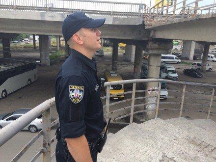 В Киеве неизвестные прострелили голову девушке (ФОТО) (фото) - фото 1