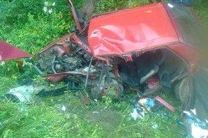 На Львівщині сталася жахлива аварія: одна людина загинула, ще троє — госпіталізовані (фото) - фото 2