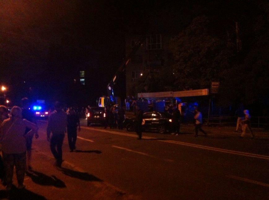 В Киеве охрана МАФа устроила стрельбу во время демонтажа (ФОТО) (фото) - фото 1