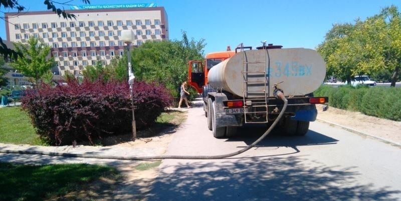 Возле городской поликлиники №1 в Актау восстановили пруд (фото) - фото 1