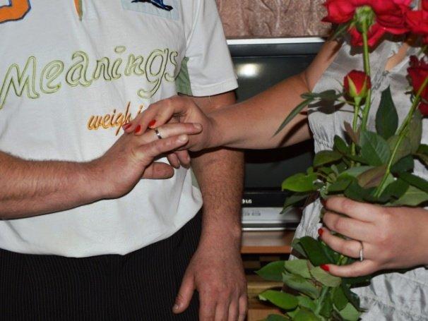 В Днепропетровской исправительной колонии заключенный сыграл свадьбу (фото) - фото 2
