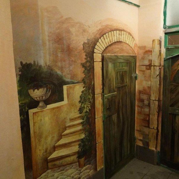 Художники радуют ветеранов Волгограда и Волжского рисунками на стенах, фото-2