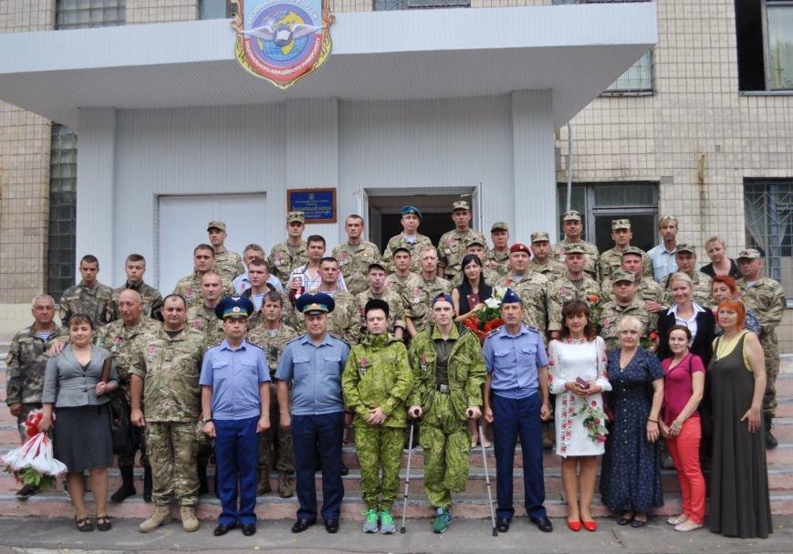 Бойцы Николаевской аэромобилки получили награды «За оборону Донецкого аэропорта» (ФОТО) (фото) - фото 3