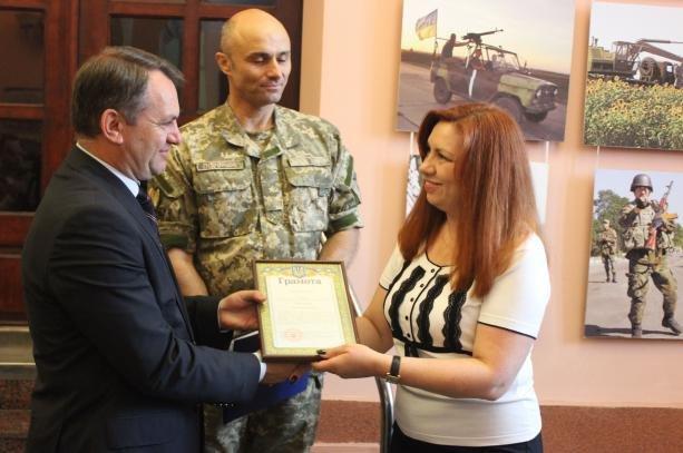 У Львові відзначили волонтерів за допомогу бійцям, які перебувають на передовій (фото) - фото 1