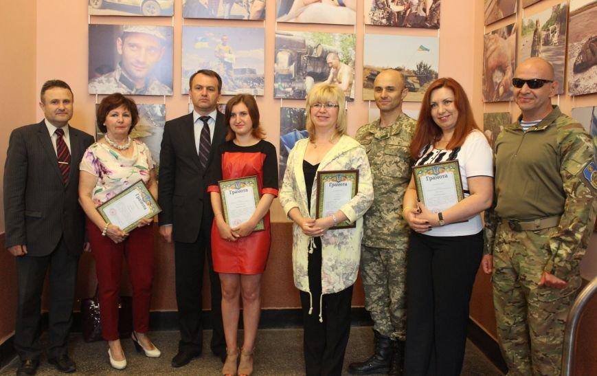 У Львові відзначили волонтерів за допомогу бійцям, які перебувають на передовій (фото) - фото 3