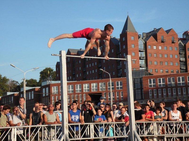В Днепропетровске прошел фестиваль «Street WorkOut» (фото) - фото 2