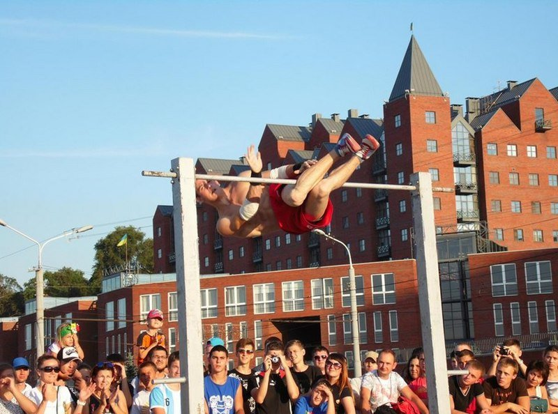 В Днепропетровске прошел фестиваль «Street WorkOut» (фото) - фото 6
