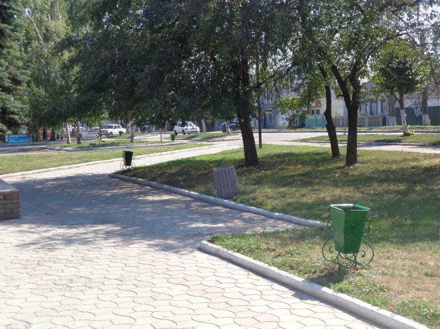 В Красноармейске преобразились мусорные контейнеры (фото) - фото 3