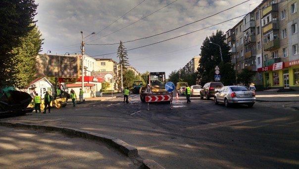 Як у Львові ремонтують вул. Пасічну (ФОТО+ВІДЕО) (фото) - фото 1