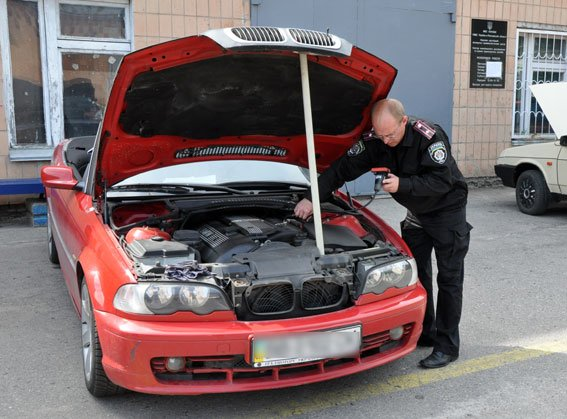 Як не стати власником автомобіля-двійника (ФОТО) (фото) - фото 1
