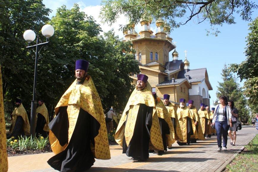 В Белгороде прошёл крестный ход с мощами святого равноапостольного князя Владимира (фото) - фото 1