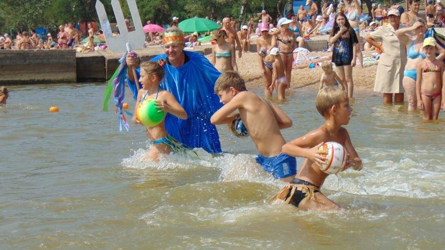 На мариупольский пляж высадился десант пиратов (ФОТО) (фото) - фото 2
