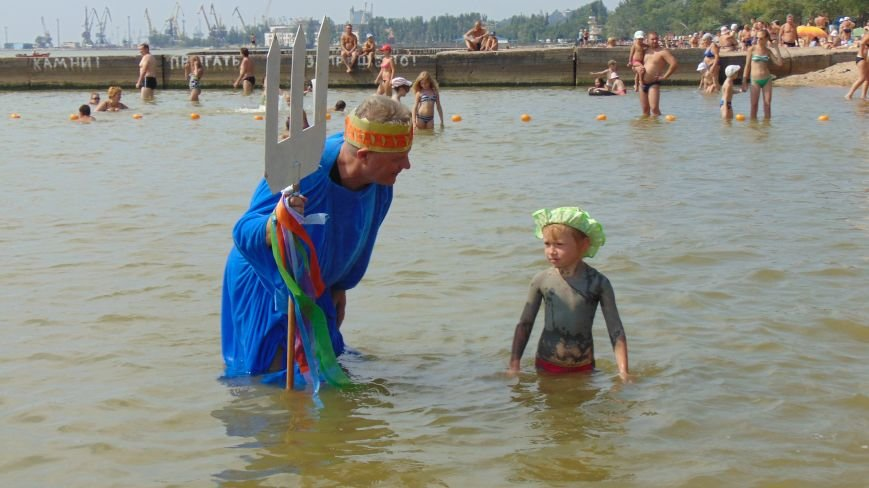 На мариупольский пляж высадился десант пиратов (ФОТО) (фото) - фото 3