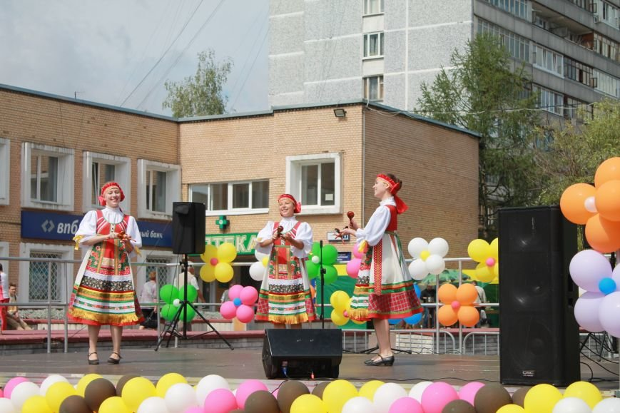 Фестиваль окрошки на Сиреневом бульваре (ФОТО) (фото) - фото 1
