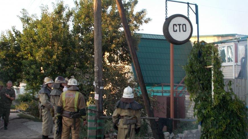 В Бердянске сгорела станция технического обслуживания (фото) - фото 4