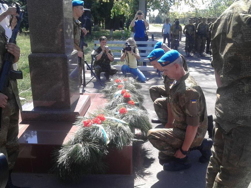 В Мариуполе празднуют День десантника (ФОТО), фото-7