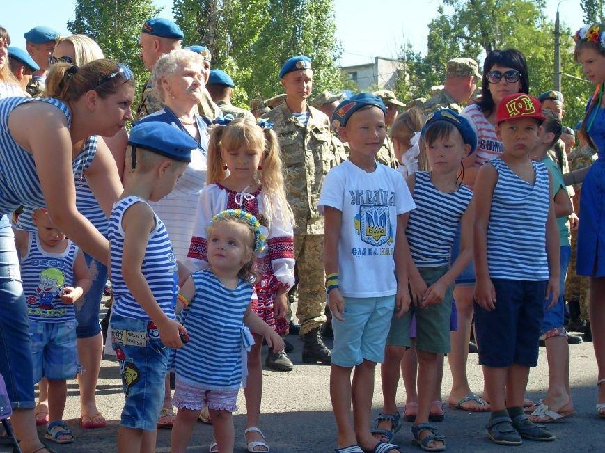 Николаевцы почтили память десантников, погибших на Донбассе (ФОТО) (фото) - фото 2