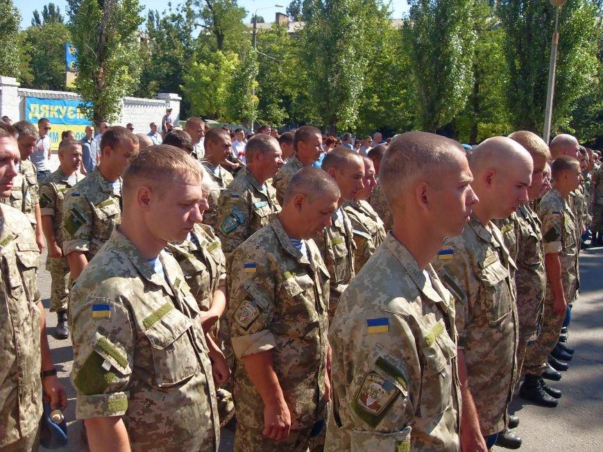 Николаевцы почтили память десантников, погибших на Донбассе (ФОТО) (фото) - фото 7