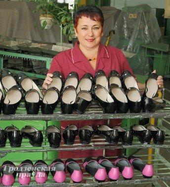 Фоторепортаж: как производится обувь на гродненской фабрике «Неман» (фото) - фото 5