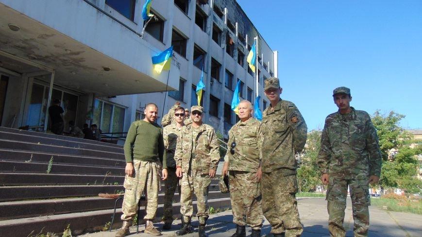 «Самооборона Одессы» присоединилась к пикетчикам у горсовета в Мариуполе (ФОТО) (фото) - фото 2