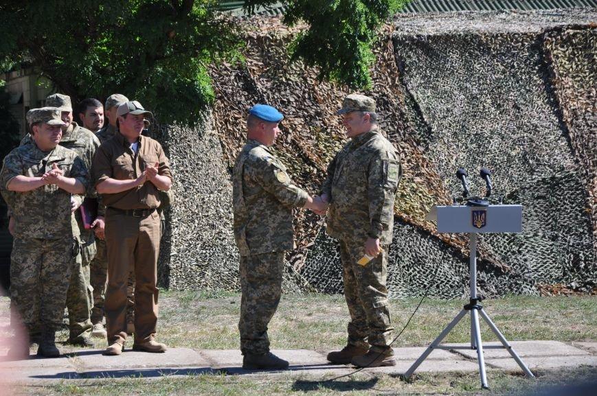 Президент Петр Порошенко приезжал в Донецкую область поздравить десантников (ФОТО и ВИДЕО), фото-10