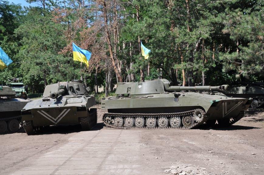 Президент Петр Порошенко приезжал в Донецкую область поздравить десантников (ФОТО и ВИДЕО), фото-1