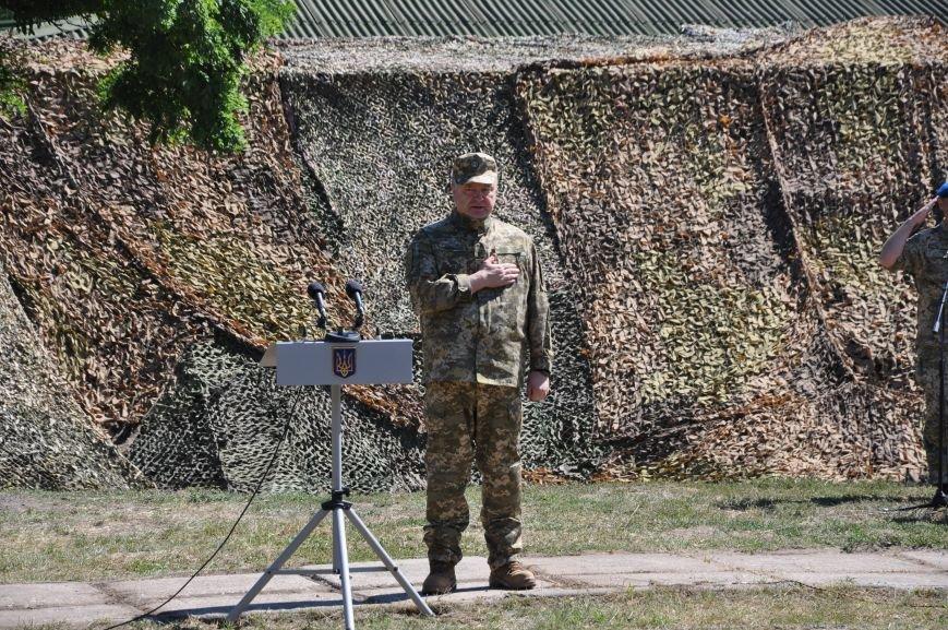 Президент Петр Порошенко приезжал в Донецкую область поздравить десантников (ФОТО и ВИДЕО), фото-6