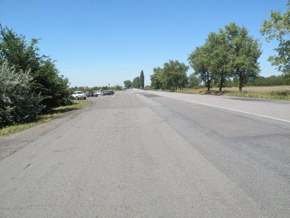 Под Южноукраинском столкнулись два автомобиля: есть пострадавшие (ФОТО) (фото) - фото 1