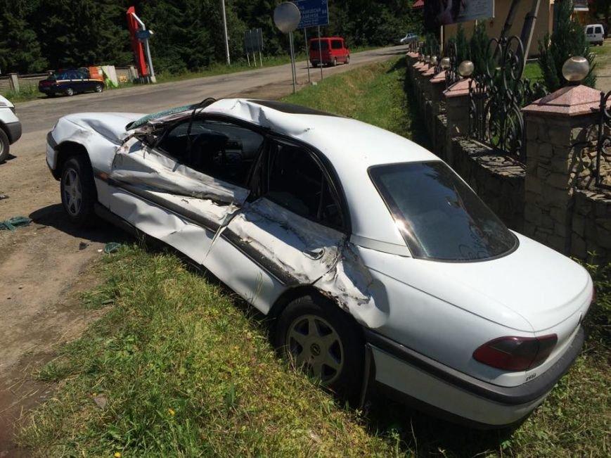 У ДТП на Прикарпатті постраждали двоє столичних туристів (ФОТО) (фото) - фото 2