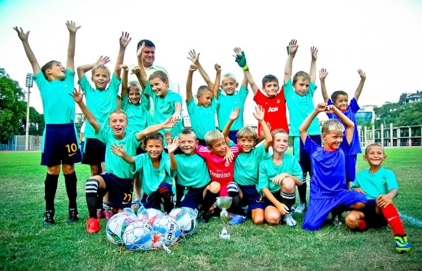 Впервые в Ялте разыграли детский футбольный кубок, фото-1