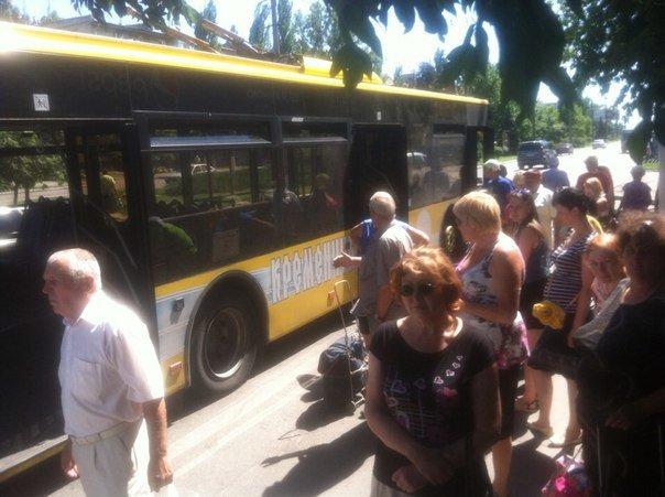 В Кременчуге у нового троллейбуса №1 взорвалось колесо (ФОТО), фото-1