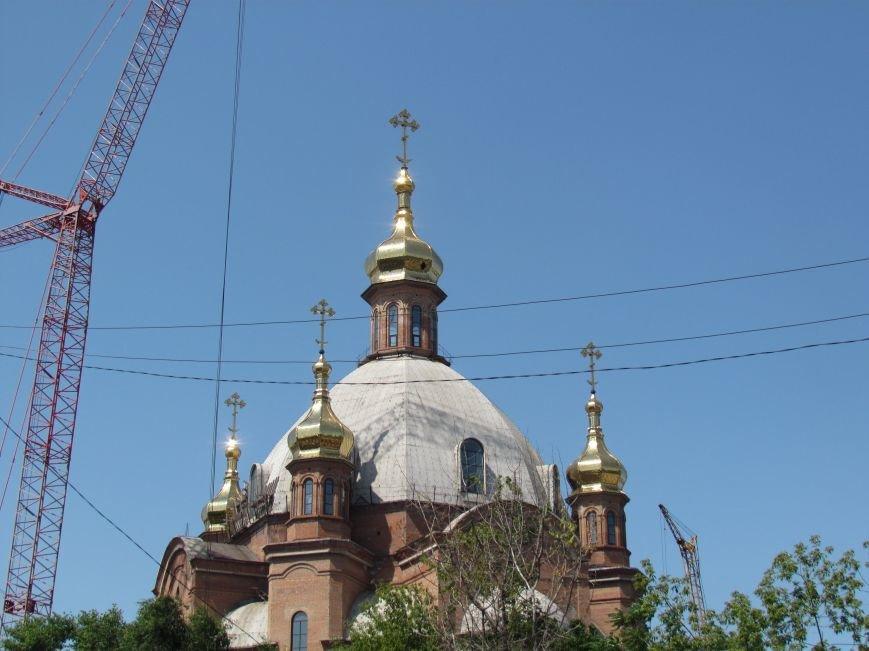 На центральный купол храма в честь Покрова Божьей Матери водружен главный крест (ФОТО), фото-4
