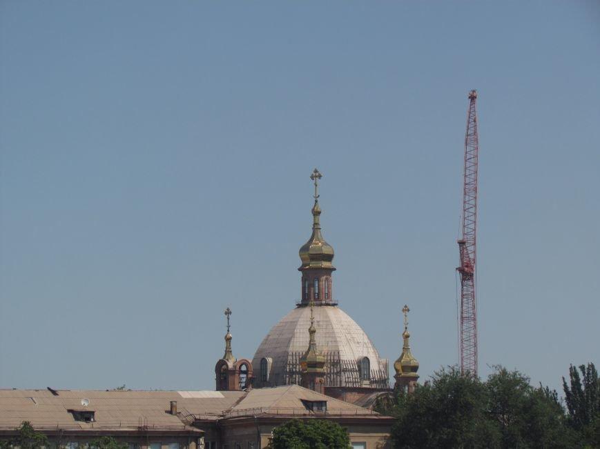 На центральный купол храма в честь Покрова Божьей Матери водружен главный крест (ФОТО), фото-1