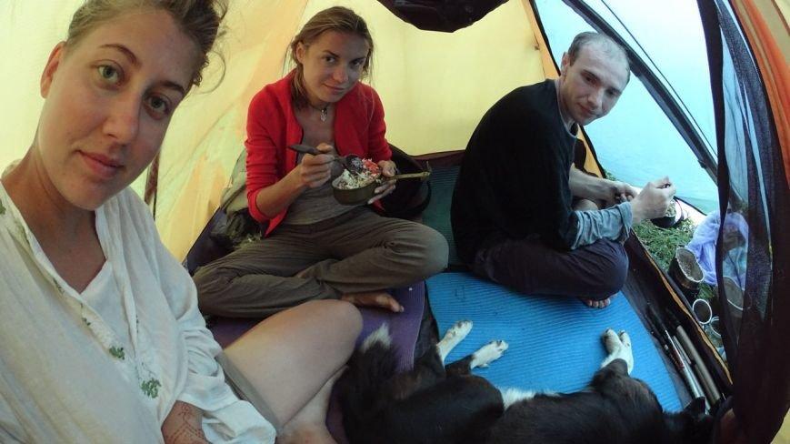 Запорожанка с подругой прошли пешком всю Украину за 93 дня (ФОТО) (фото) - фото 3