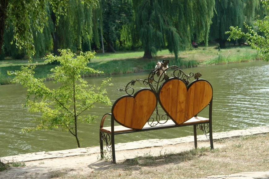 Острів кохання поповнився ще однією «ковкою» (фото) - фото 5