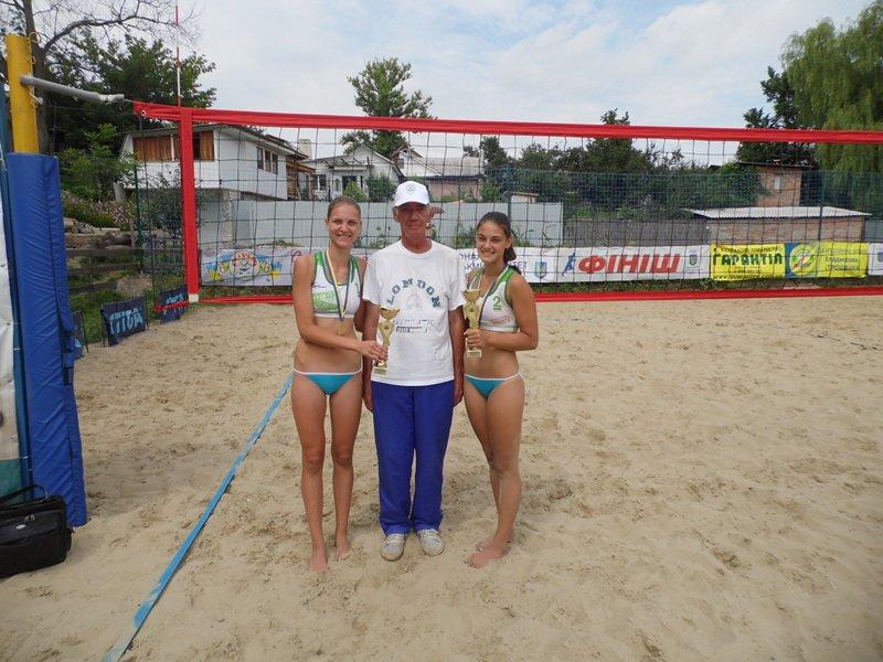 Днепропетровские волейболистки - чемпионки Украины (фото) - фото 2