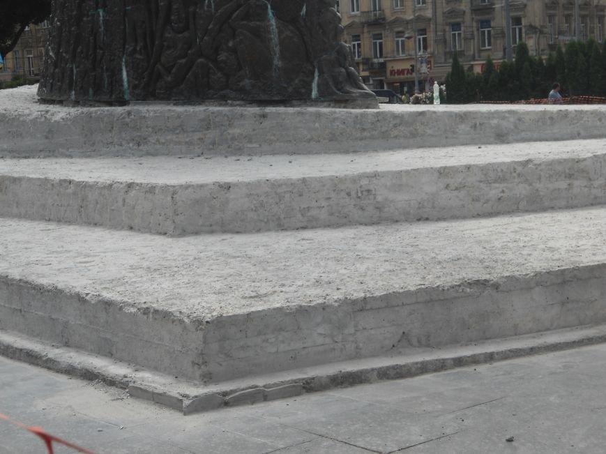 Пам'ятника Тарасу Шевченку закінчать через два місяці (ФОТО) (фото) - фото 2