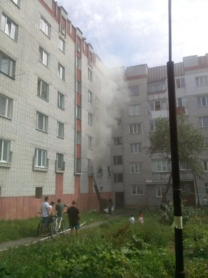У Сокалі через пожежу в квартирі знищено речі домашнього вжитку (фото) - фото 1