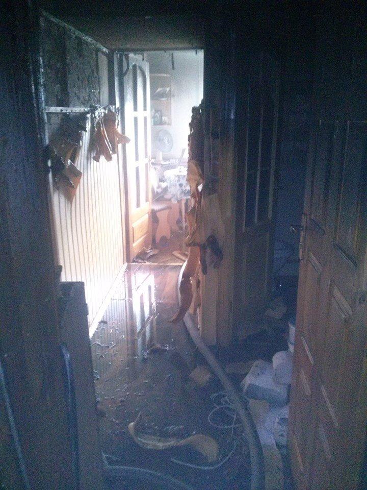 У Сокалі через пожежу в квартирі знищено речі домашнього вжитку (фото) - фото 3