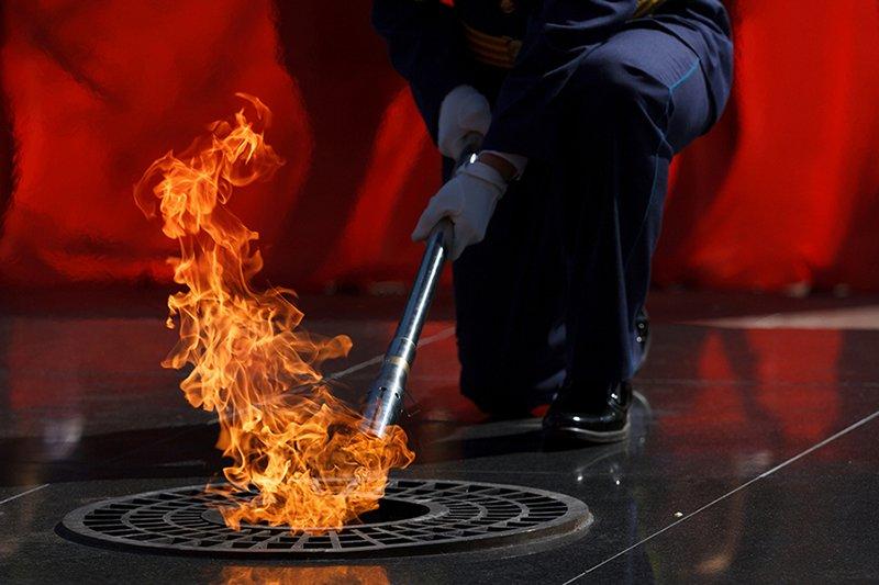 2.1 Закоморный Андрей Зажжение Вечного огня
