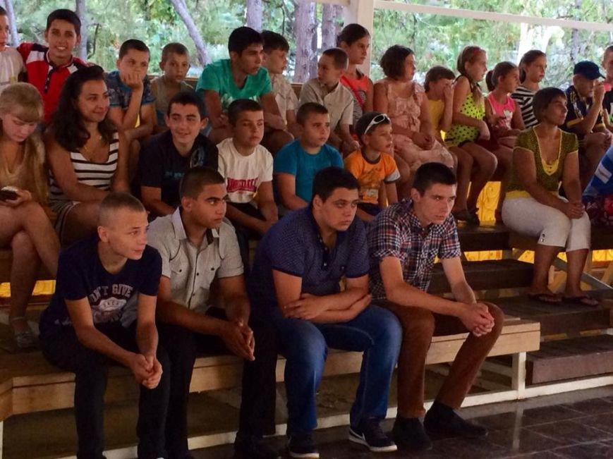 «Дети войны» рассказали, как живут на линии огня в поселках под Мариуполем (ФОТО), фото-6