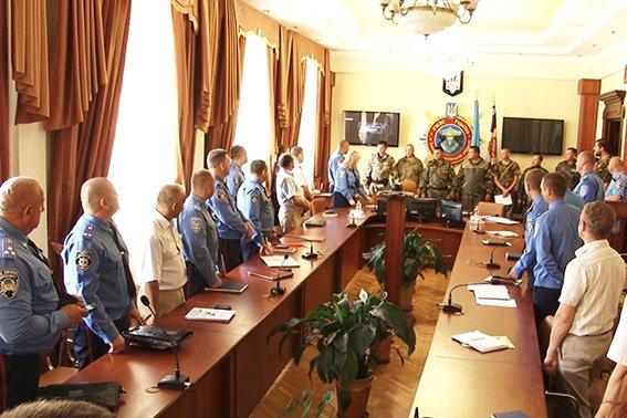 Керівники луганської міліції подякували прикарпатським оперативникам за добросовісну службу (ФОТО) (фото) - фото 2
